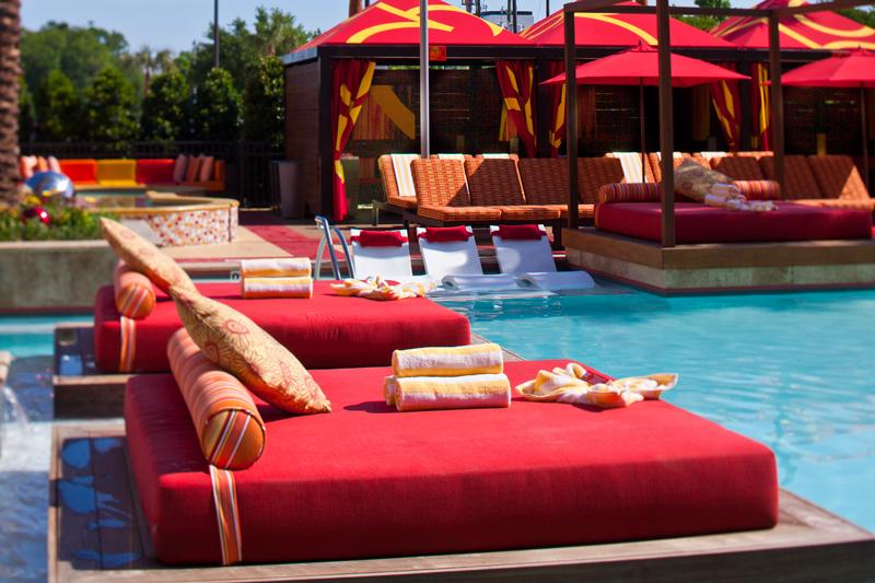 gcfm-golden-nugget-hotel-Daybed-7