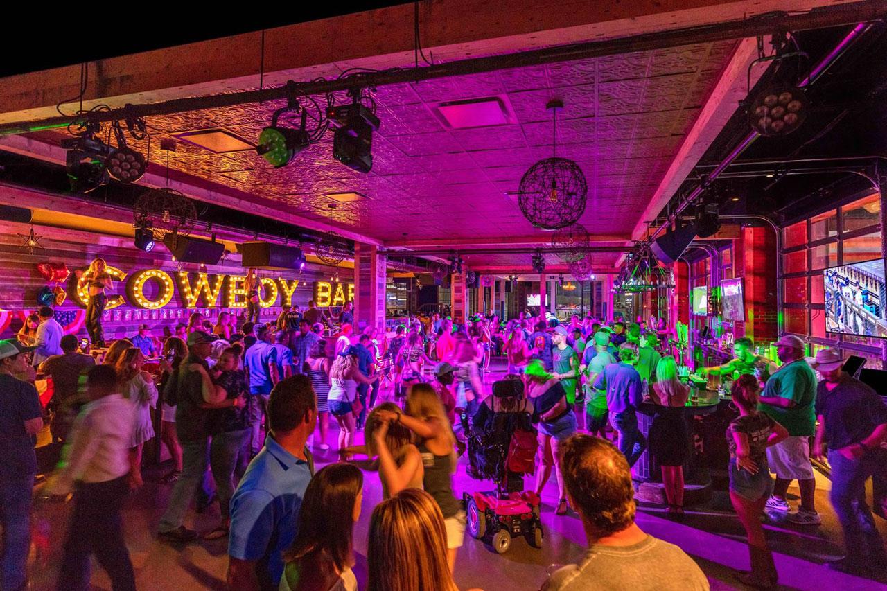 pbr-texas-cowboy-bar-nightlife-entertainment-arlington-tx